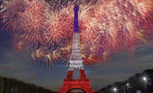 feu-artifice-paris-tour-eiffel