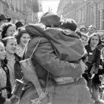 101) TN1464: Prihod partizanov v Ljubljano, 9. maj 1945, foto: Rudi Stopar.